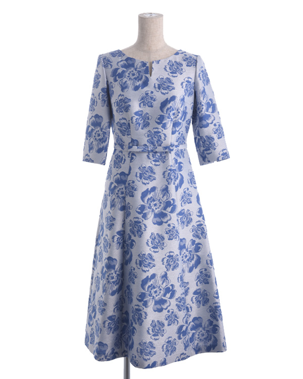 【ブルー 13号】フラワーフィルムラメジャカード イタリア製 インポート素材 リボンディテール フレアスカート お袖付きパーティドレス 結婚式 親族・ゲスト向け 顔合わせなど各種パーティー対応可