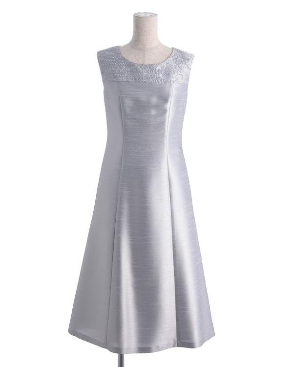 【シルバー ※色・サイズ選択可】シャンブレーシャンタン×刺繍 セミフレア ミディドレス